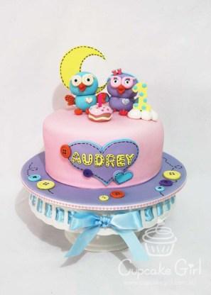 cupcakegirl.com.au - Giggle & Hoot Cake (3)