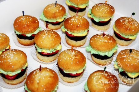 cupcakegirl.com.au - burger cupcakes (10)