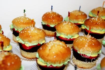 cupcakegirl.com.au - burger cupcakes (11)
