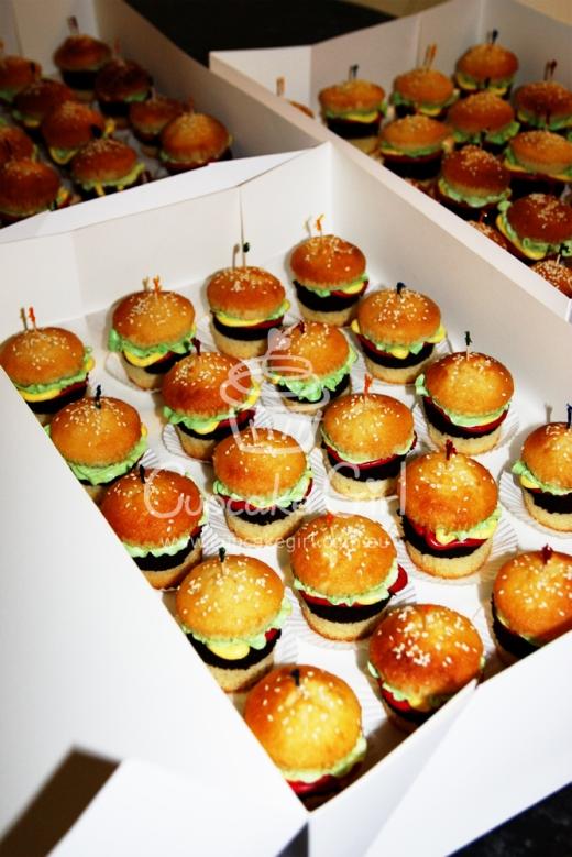cupcakegirl.com.au - burger cupcakes (13)