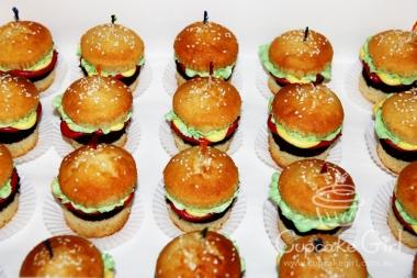 cupcakegirl.com.au - burger cupcakes (7)