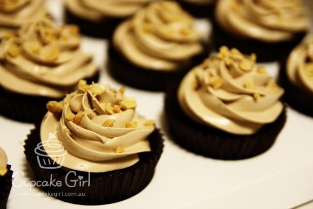 cupcakegirl.com.au - Fererro Rocher (1)