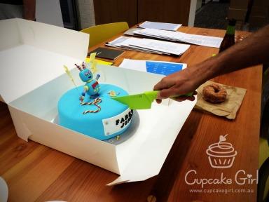 cupcakegirl.com.au - Jimbot Cake (7)