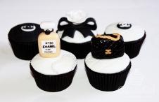 cupcakegirl.com.au - Nomz Chanel Cupcakes (4)