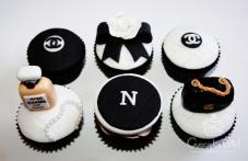 cupcakegirl.com.au - Nomz Chanel Cupcakes (5)