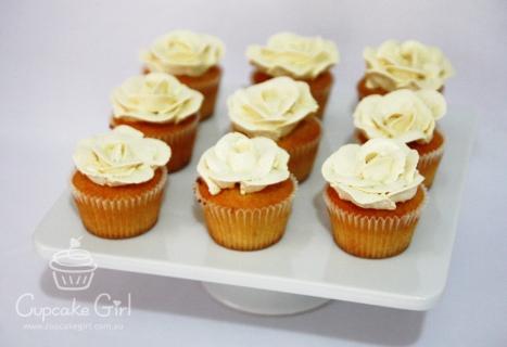 cupcakegirl.com.au - Wedding Ferrero & Raffaello (1)