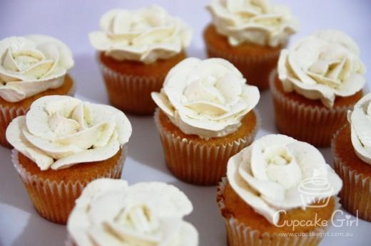 cupcakegirl.com.au - Wedding Ferrero & Raffaello (2)