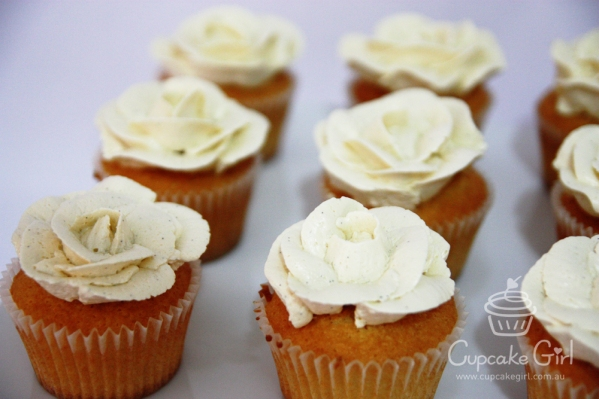 cupcakegirl.com.au - Wedding Ferrero & Raffaello (6)